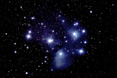 M45 Pleiades   Single-Frame   140 seconds ISO 1600  Canon 77D